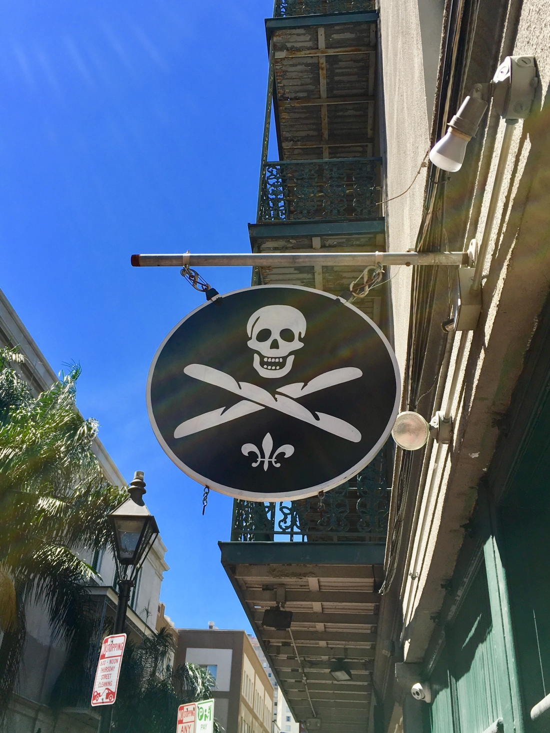 French Quarter Hot Spots for Saints Who Dat Nation! – Bon Voyage ... b018740b5